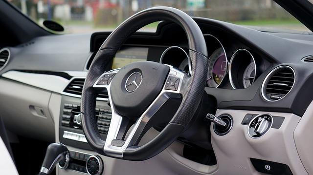 interior-coche-segunda-mano