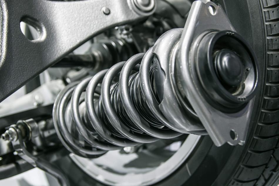 ¿Cuánto cuesta cambiar los amortiguadores del coche? Sal de dudas, evita timos.