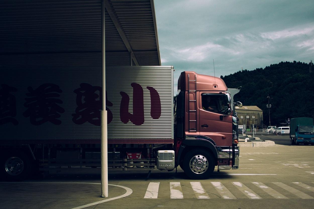 Consejos básicos para comprar ruedas de camión a la medida de las necesidades de tu vehículo pesado