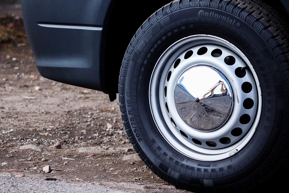 ¿Sabes cuál es el significado del código DOT de los neumáticos?