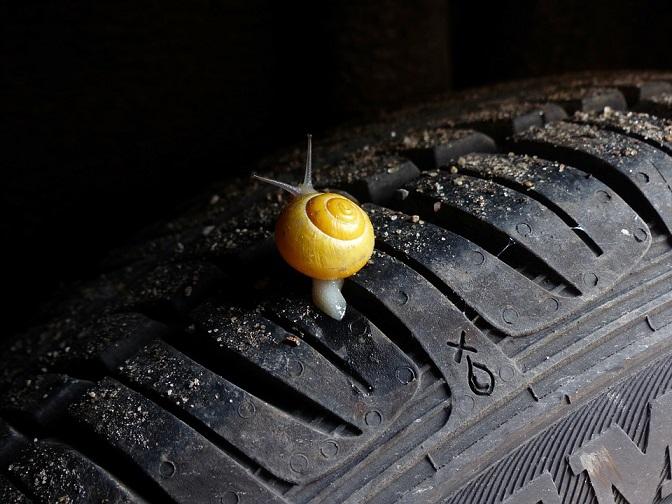 ¿Por qué es vital el dibujo de los neumáticos para tu seguridad?