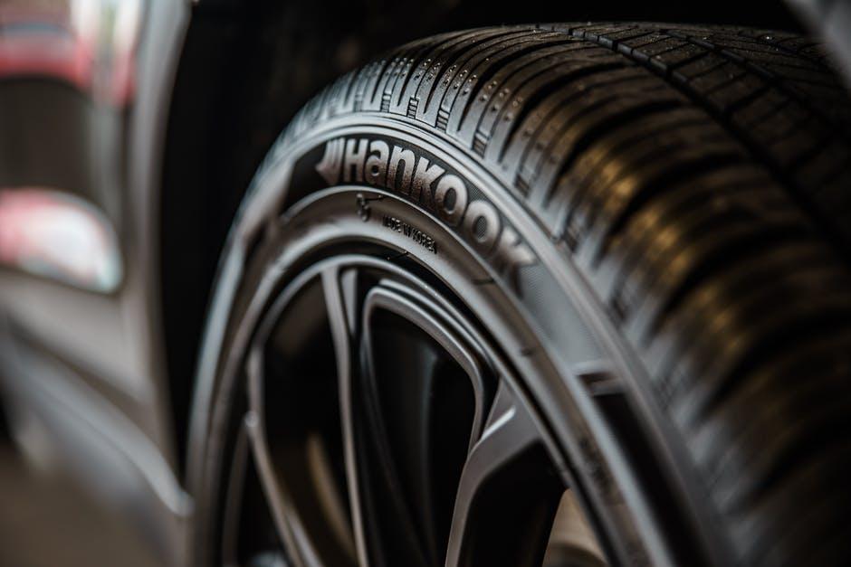 como-inflar-ruedas-del-coche
