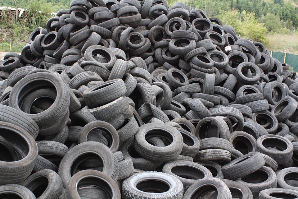 Cómo transformar los neumáticos viejos en combustible para darles una segunda vida