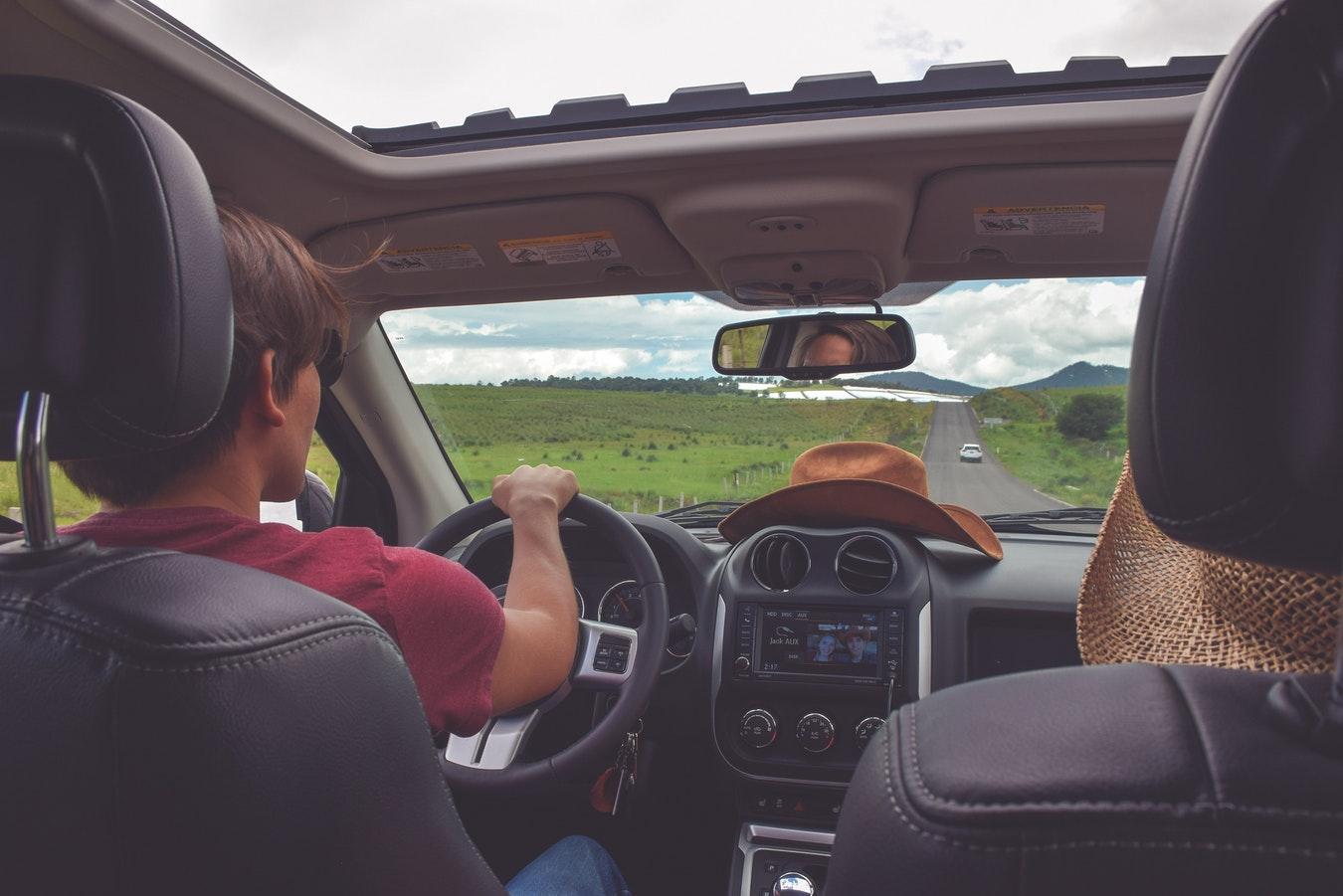 10 Consejos para hacer un viaje largo en coche de película y sin sorpresas