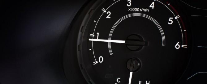Ralentí del coche: qué es y cuál es su función